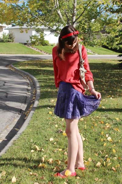 American Eagle skirt - TNA sweater - sam edelman flats - Michael Kors watch