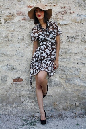 brown vintage dress - camel Bershka hat - black pumps