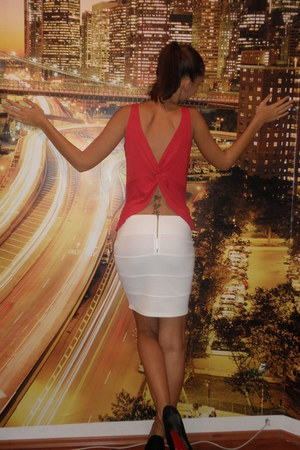red vintage top - white New Yorker skirt - black Christian Louboutin pumps