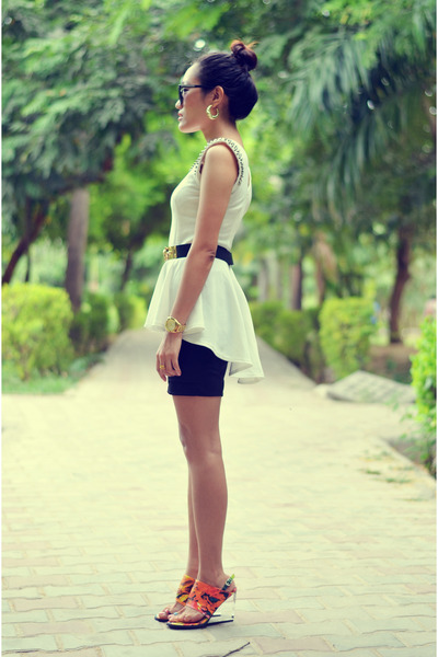 high low white stylholic top