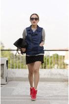 black pu leather tote aj store bag - navy denim aj store vest