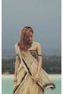 Gold-stole-net-aj-exclusive-scarf-black-tube-ethnic-aj-exclusive-top