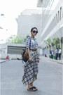 Black-aj-store-top-tan-aj-store-skirt