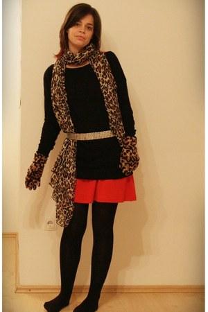 carrot orange TJMaxx dress - black H&M tights - black Stradivarius sweater - taw