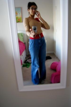 American Apparel shirt - Express belt - accessories - vintage jeans