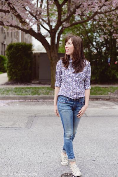 violet J Crew shirt - blue Rag and Bone jeans - beige Converse sneakers