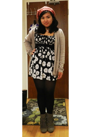 heather gray heeled Forever 21 boots - black floral print thrifted dress