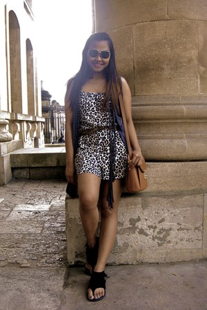 vintage bag - Urban Outfitters sandals - animal print H&M romper