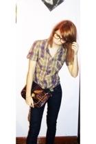 Primark purse - Bershka leggings - Zara shirt - Claires glasses