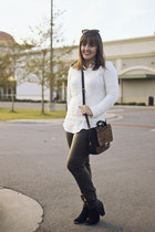 ivory cable knit Forever 21 sweater - black booties JustFab boots