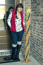 Black-wedge-justfab-boots-red-fur-hood-banana-republic-vest