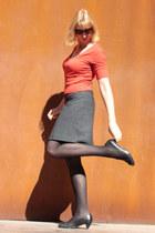 heather gray a-line ann taylor skirt - black leather turkish jacket