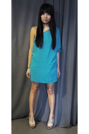 gold Akira accessories - blue Akira dress - beige Report Signature shoes