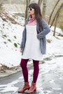 Ivory-vintage-dress-maroon-vivid-bright-we-love-colors-tights