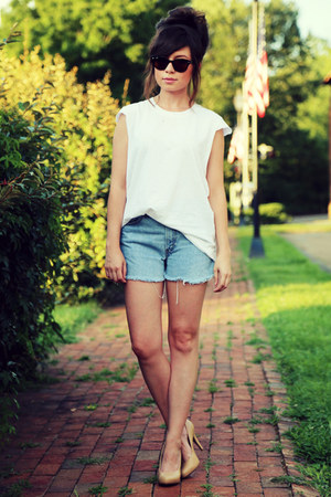 White-plain-white-vintage-t-shirt