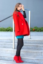 red H&M heels - red Mango coat - turquoise blue H&M skirt
