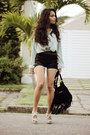 Black-andarella-bag-black-brechiaf-shorts-white-schutz-heels