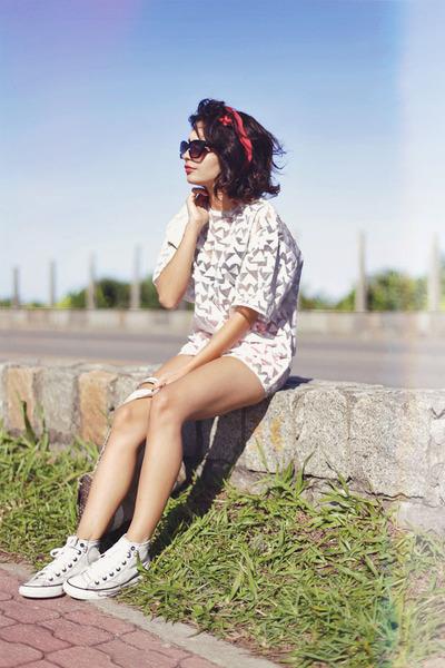 white organza Front Row Shop blouse