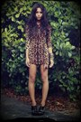 Brown-leopard-oasap-dress-black-oxfords-arezzo-heels