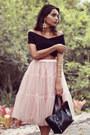 Black-eugenia-gamero-bag-light-pink-chicwish-skirt-black-milanoo-top