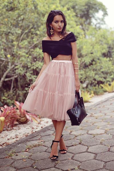 black Eugenia Gamero bag - black milanoo top - light pink Chicwish skirt