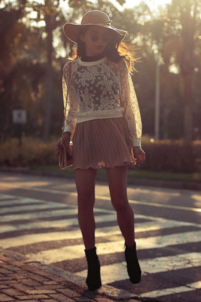 Lace-miss-patina-top