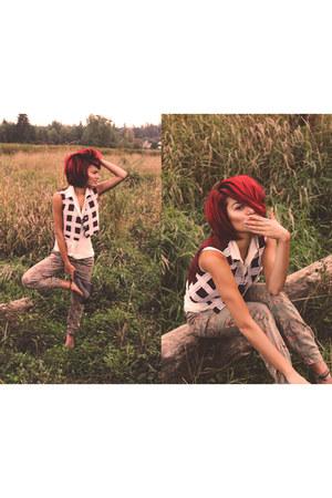 thrifted vintage vest - H&M blouse - floral print H&M jumper