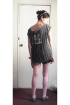 heather gray oxfords shoes - pink tights - charcoal gray shorts - gray shredded