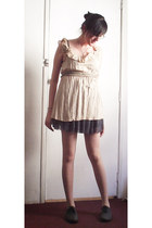 dark gray oxfords shoes - eggshell tights - gray skirt - light pink blouse