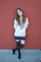 black BLANCO stockings - light pink pull&bear sweatshirt