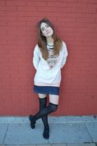 black BLANCO stockings - light pink pull&bear sweatshirt
