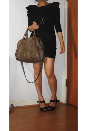 dress - accessories - shoes - necklace