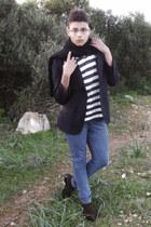 shoes - jeans - blazer - scarf - t-shirt