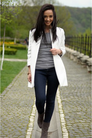 gray Bershka boots - white Zara coat - navy Zara jeans - heather gray H&M blouse
