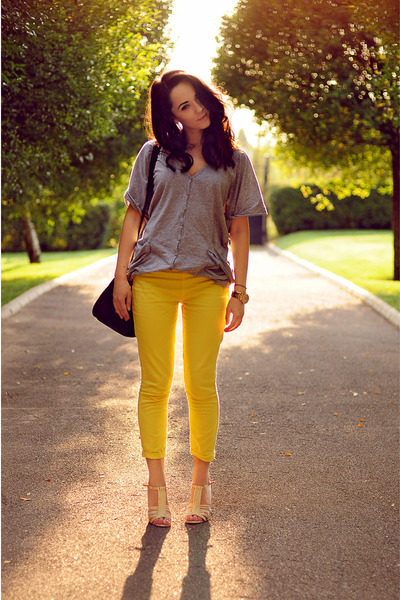 black Zara bag - silver no brand blouse - nude Guess sandals - yellow Zara pants