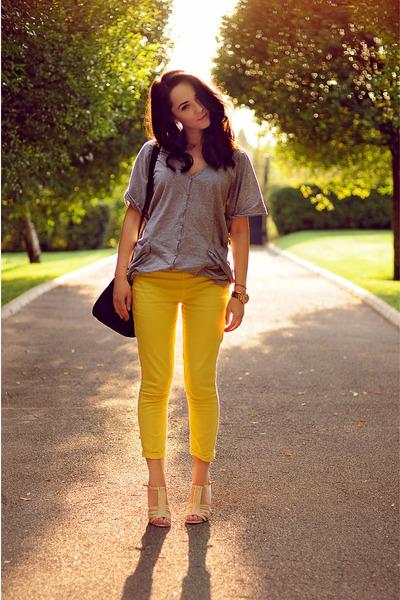 black Zara bag - silver no brand blouse - nude Guess sandals - yellow Zara pants