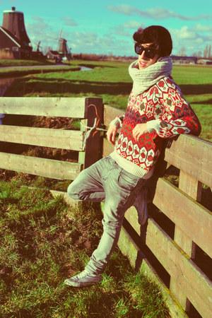 white Converse shoes - heather gray Zara jeans - beige H&M scarf - red Zara jump