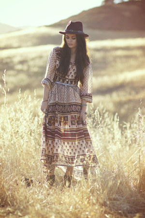 eggshell maxi dress Blue Hippy dress