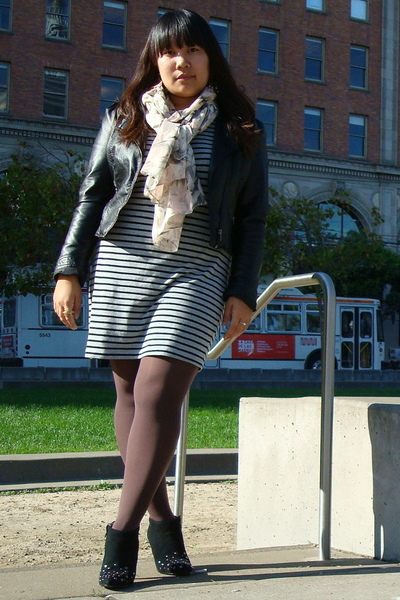 H&M dress - H&M jacket - Nine West from Nordstrom Rack shoes - HUE tights - H&M