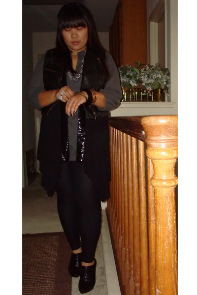 Old Navy blouse - American Apparel leggings - Forever 21 vest - H&M vest - Nine
