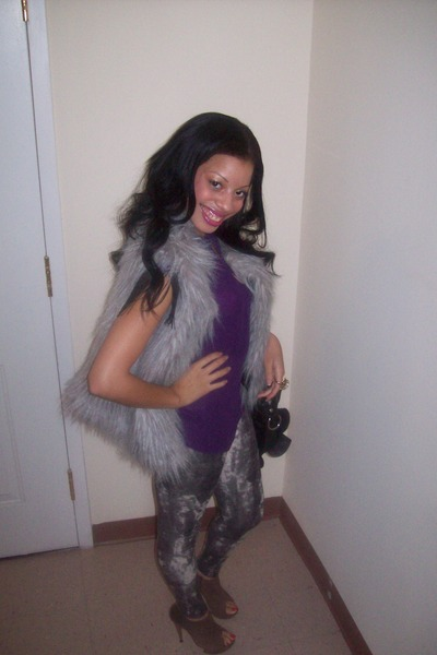 Sexgirlgames Naked Girls In Fur Leggings
