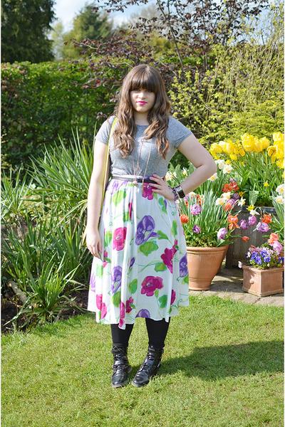 ivory floral vintage skirt - black asos boots