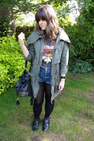 gray Urban Outfitters t-shirt - Miss Selfridge shorts - new look jacket - black