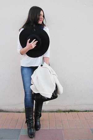 black Mustang boots - white Zara coat - navy Venca jeans - navy Stradivarius hat