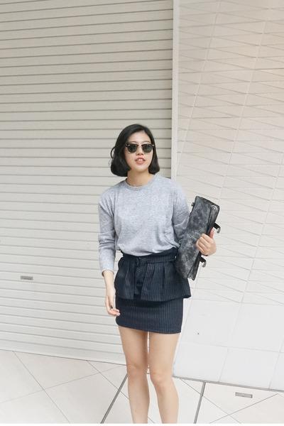 poly deersalad skirt -  ray-ban sunglasses - cotton deersalad top