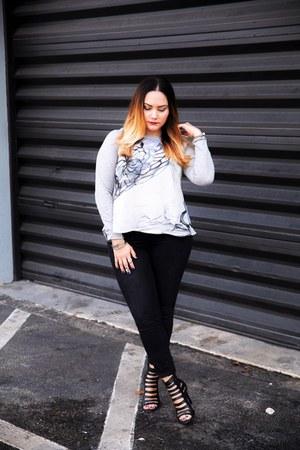 Alice Marie top - Loft jeans - Dolce Vita heels