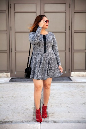 red zeroUV sunglasses - black Alice Marie dress - black ann taylor bag