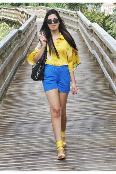 Blue Mango Shorts, Yellow Kimono Zara Shirts, Black Tommy Hilfiger ...