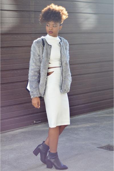 black gabba ankle Aldo boots - silver faux fur H&M jacket