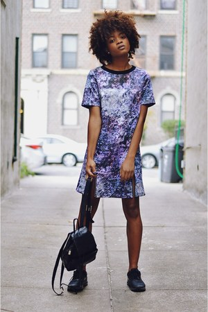 violet mineral print GIRLS ON FILM dress - black air max thea nike sneakers